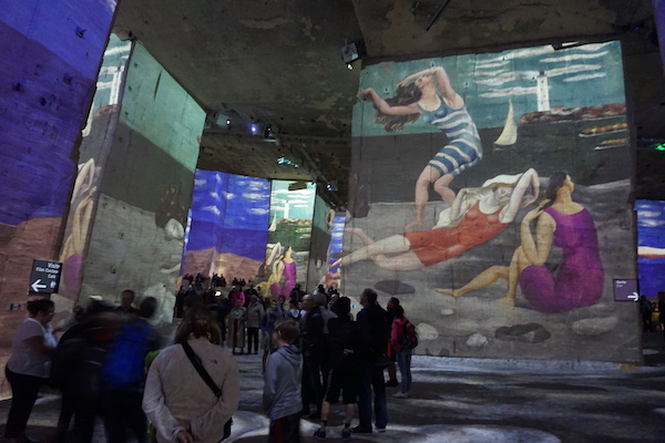 things to do in southern france: carrieres lumieres